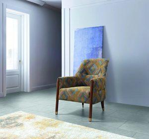 כורסא מעוצבת דגם לונה עם רגליי עץ