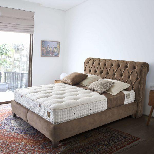 מיטה מרופדת דגם נובה אריאן
